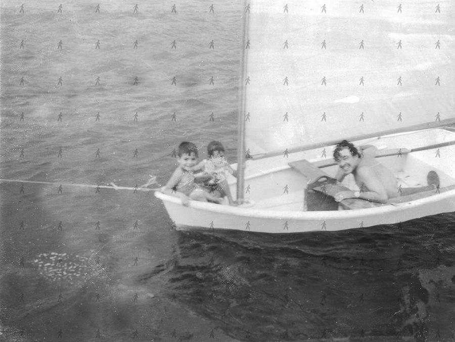 0090-Fam-W Tin Tan, Carlitos y Rosalita en el velero